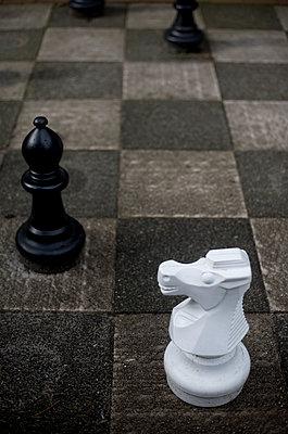 Schach im Park - p1064m1065711 von Esmeralda