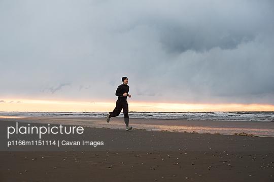 p1166m1151114 von Cavan Images