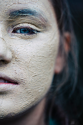 Girl with face mask - p1621m2228873 by Anke Doerschlen