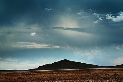 Unterwegs nach La Paz - p1038m1575344 von BlueHouseProject