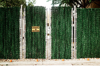 No trespassing - p584m960504 by ballyscanlon