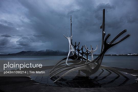 p343m1090214 von Tim Martin