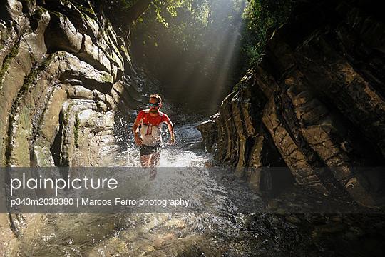 p343m2038380 von Marcos Ferro photography