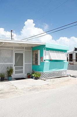 Key Largo - p045m817089 by Jasmin Sander