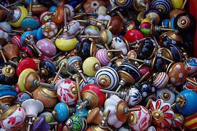 Knobs - p195m912025 by Sandra Pieroni