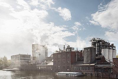 Fabrik - p1222m1333225 von Jérome Gerull