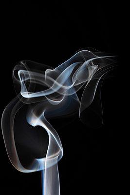 Rauchformen - p179m741593 von Roland Schneider