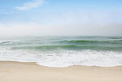 Massachusetts, Nantucket Island, Calm beach and ocean wave - p1427m2285556 by Chris Hackett
