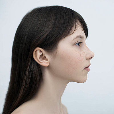 Profile of Caucasian girl with long hair - p555m1444272 by Vladimir Serov