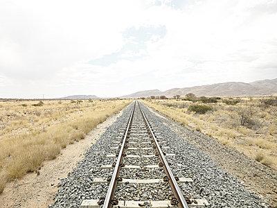 Eisenbahn - p587m1055223 von Spitta + Hellwig
