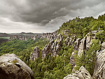 Elbe Sandstone Mountains - p9180091 by Dirk Fellenberg