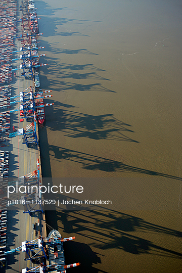 Container terminal - p1016m1137529 by Jochen Knobloch