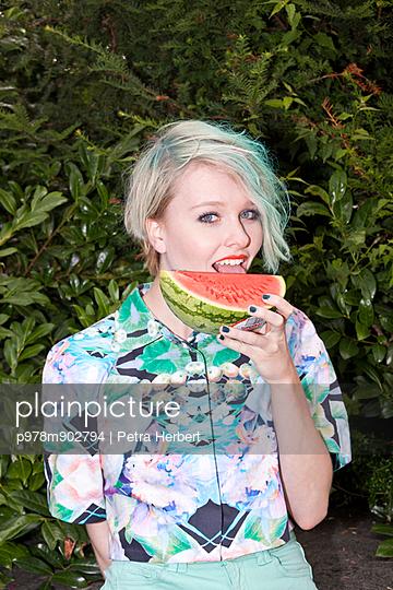 Summer - p978m902794 by Petra Herbert
