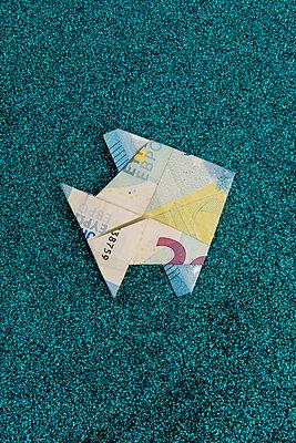 p451m2183928 by Anja Weber-Decker