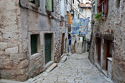 The medieval backstreets of Old Town Rovinj Istria Croatia - p855m713510 by Julian Castle