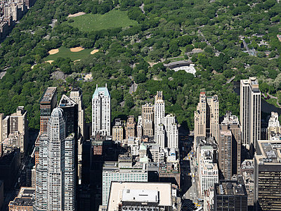 Central Park - p356m822659 by Stephan Zirwes