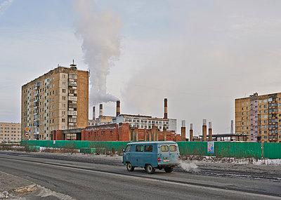Russische Industrielandschaft - p390m973249 von Frank Herfort