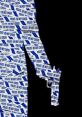 Do not cross, Mann hält eine Pistole aus Absperrband, Collage - p1280m2291212 von Dave Wall