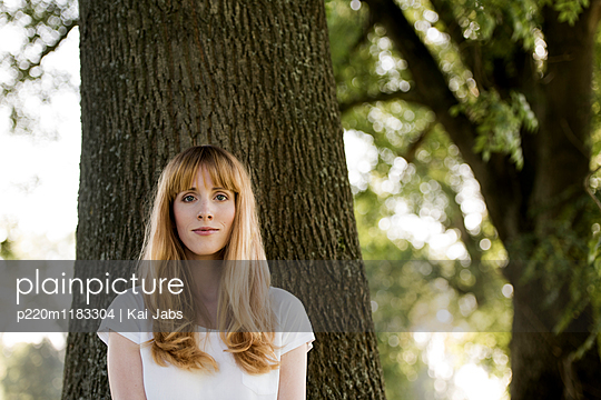 Portrait - p220m1183304 von Kai Jabs