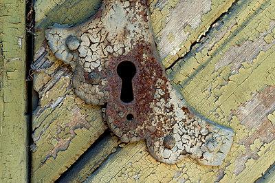 Keyhole - p1003m935283 by Terje Rakke