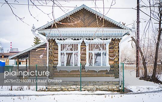 p075m2216039 by Lukasz Chrobok