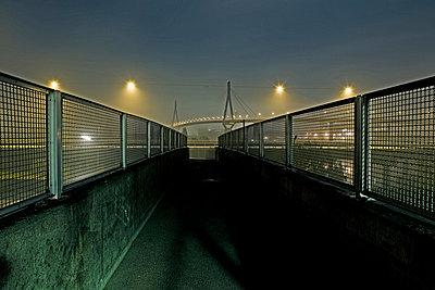 Nachts am Hafen - p8510093 von Lohfink