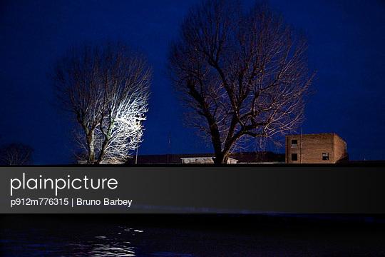 p912m776315 von Bruno Barbey