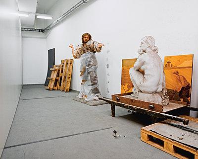 Caveman - p1205m1065979 by Klaus Pichler