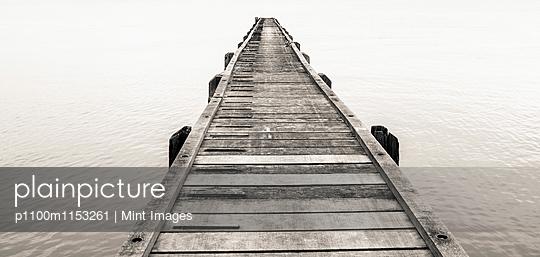p1100m1153261 von Mint Images