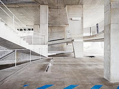 Parking garage concrete style - p1492m2037273 by Leopold Fiala