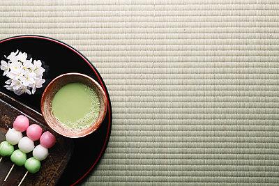 Japanese confectionery - p307m1106033f by Hideki Yoshihara
