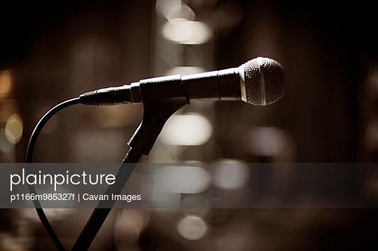 p1166m985327f von Cavan Images