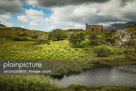 Ireland, Connemara - p910m2209872 by Philippe Lesprit