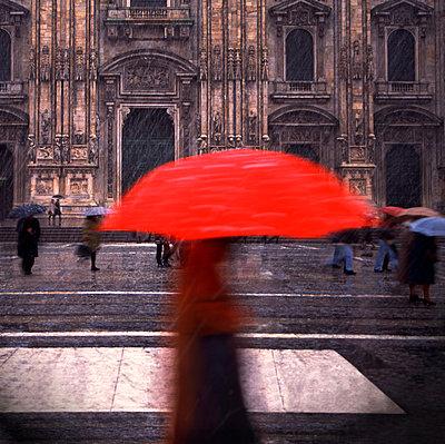 Piazza del Duomo, Milan, Italy - p1365m1223323 by John Heseltine