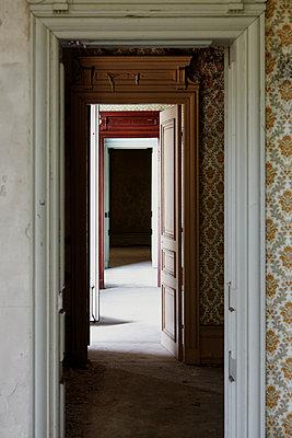 Room door - p1312m1137732 by Axel Killian