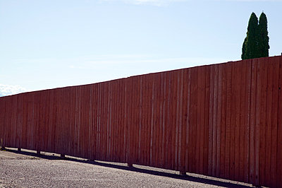 Wooden fence - p836m916643 by Benjamin Rondel