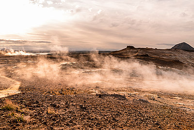 Life on Mars - p1487m2008524 by Ludovic Mornand