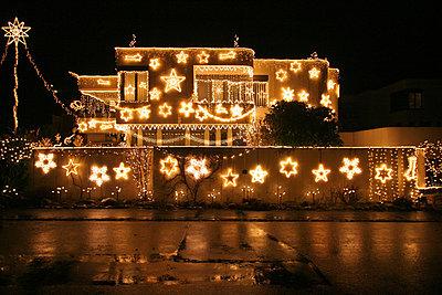 weihnachtsbeleuchtung - p627m671109 by Hendrik Rauch