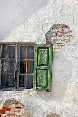 Alter Fensterladen - p450m1051068 von Hanka Steidle