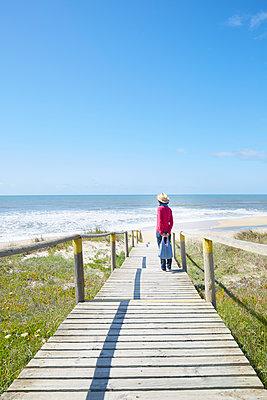 Bohlenweg zum Strand - p464m2028242 von Elektrons 08