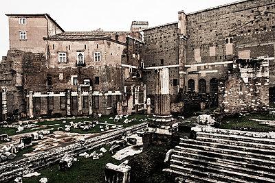 Forum Romanum - p081m881242 von Alexander Keller