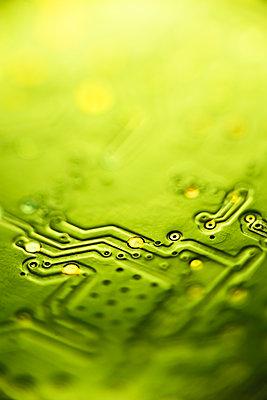 Computer circuit board close-up - p1418m2128705 by Jan Håkan Dahlström