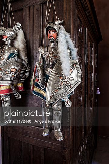 Kleine Ritter - p781m1172440 von Angela Franke