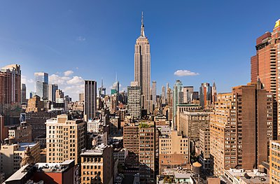 Midtown Manhattan, Empire State Building, New York, USA - p429m1095485f by Henglein and Steets
