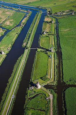 Windmühlen am Kinderdijk - p1120m947891 von Siebe Swart
