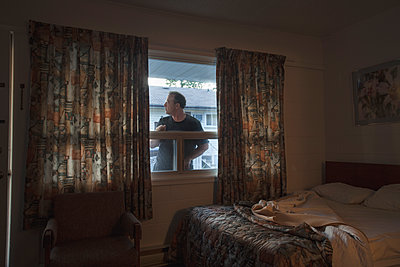 Motel room - p836m1333292 by Benjamin Rondel