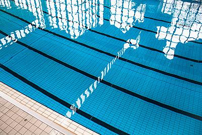 Schwimmbad - p1486m1564241 von LUXart