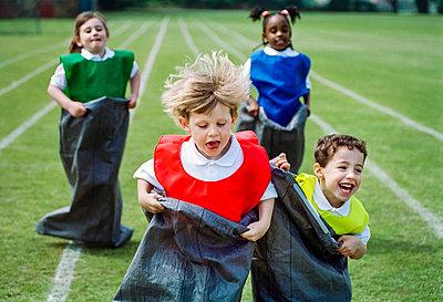 Sportfest - p1057m1010243 von Stephen Shepherd