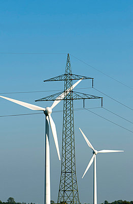 Energiewirtschaft - p229m851772 von Martin Langer
