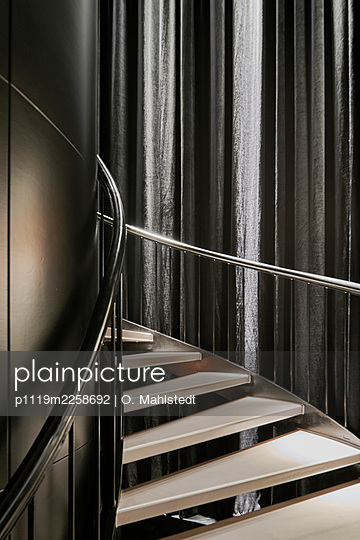 Spiral staircase - p1119m2258692 by O. Mahlstedt